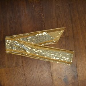 Gold sequined scarf